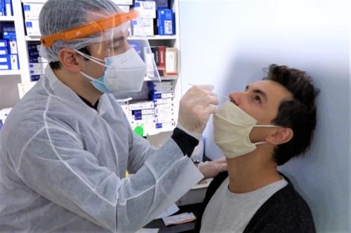 , Gratuit en pharmacie, le test antigénique promet un résultat en quelques minutes, Made in Marseille