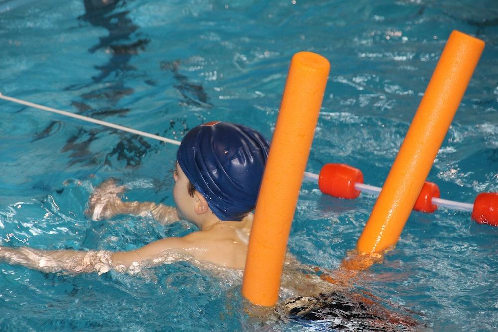 Des piscines hors-sol dans les écoles de Marseille pour l'apprentissage de la natation